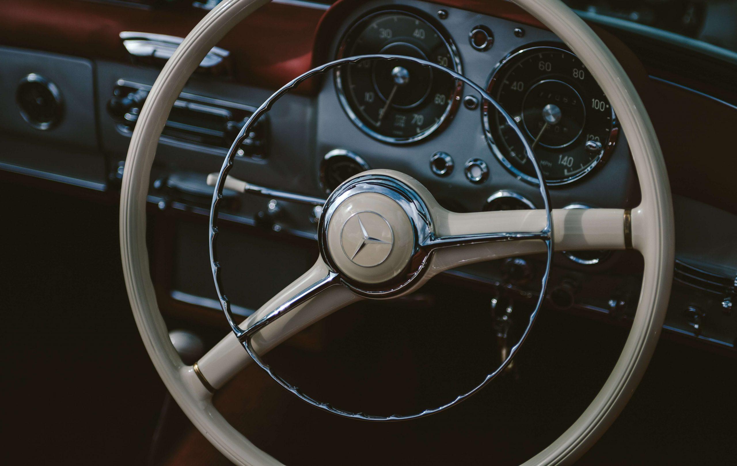 Wymiana radia samochodowego - jakie radio wybrać?